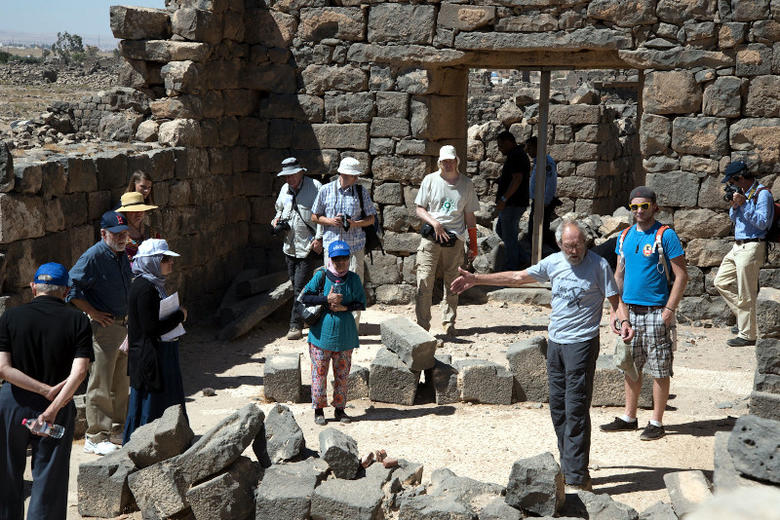 4. APAAMEG_20150927_REB-0019 – Bert De Vries explains the perils of an excavated church left exposed.