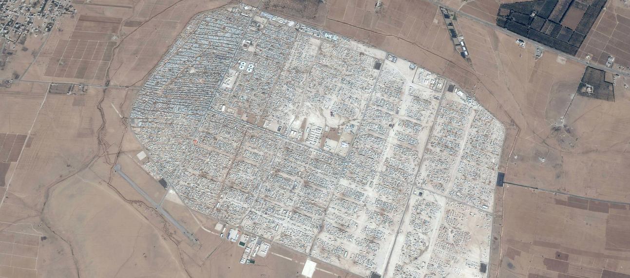 2 zaatari refugee camp jan 2014 zoomed out