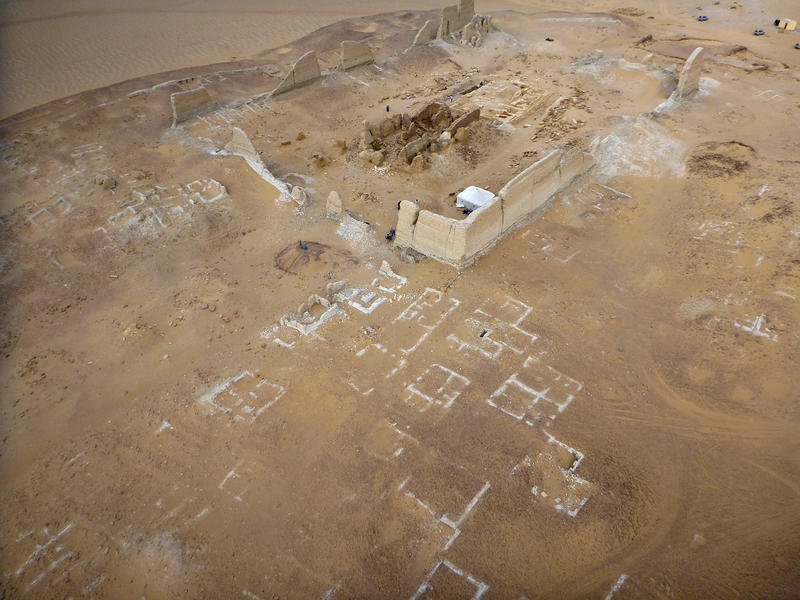 Fig. 6: Dime, Fayoum, the temple area and houses in 2014 (courtesy of Soknopaiou Nesos Project, University of Salento, Italy, photo by B. Bazzani)
