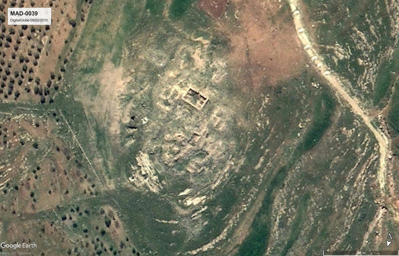 Figure 3: Khirbet Yusra (MAD-0039). Top: Satellite image from 2010 (Google Earth, DigitalGlobe 09/02/2010). Middle: Aerial photograph from 2013 (APAAME, APAAME_20130414_DLK-0211). Bottom: Ground photo taken in 2017 (P. Flohr/EAMENA). The plan of the vill