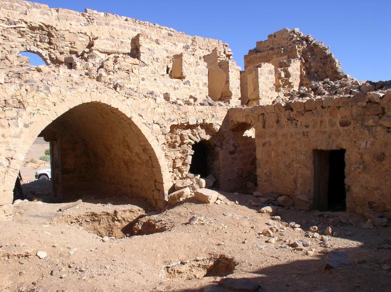 Figure 5. The internal structure of Fassu'ah Fort. Image, J B Winterburn, 2009.