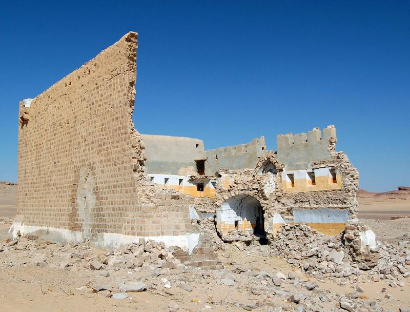 Figure 8. Mudawwara Fort, the collapsed south elevation. Image, J B Winterburn, 2010.