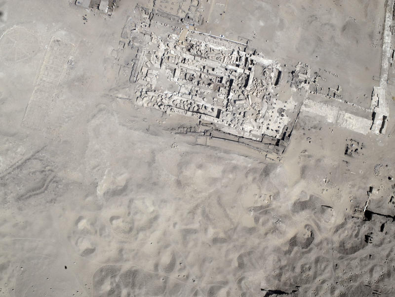 Fig. 15. Aerial view of Athribis, Shikh Hammad, Sohag during the temple excavations, (courtesy of Athribis Project, Marcus Müller)